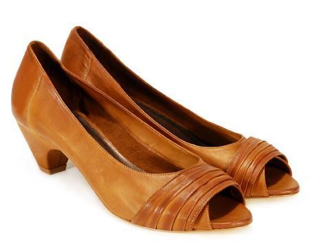 brązowe pantofle Venezia - z kolekcji wiosna-lato 2011