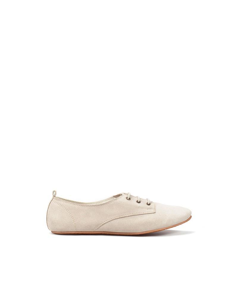 białe baleriny ZARA - moda wiosna/lato