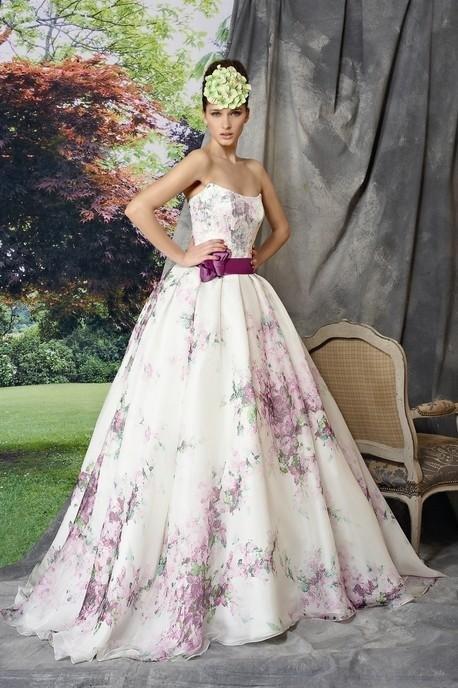 kolorowa suknia ślubna Manu Garcia