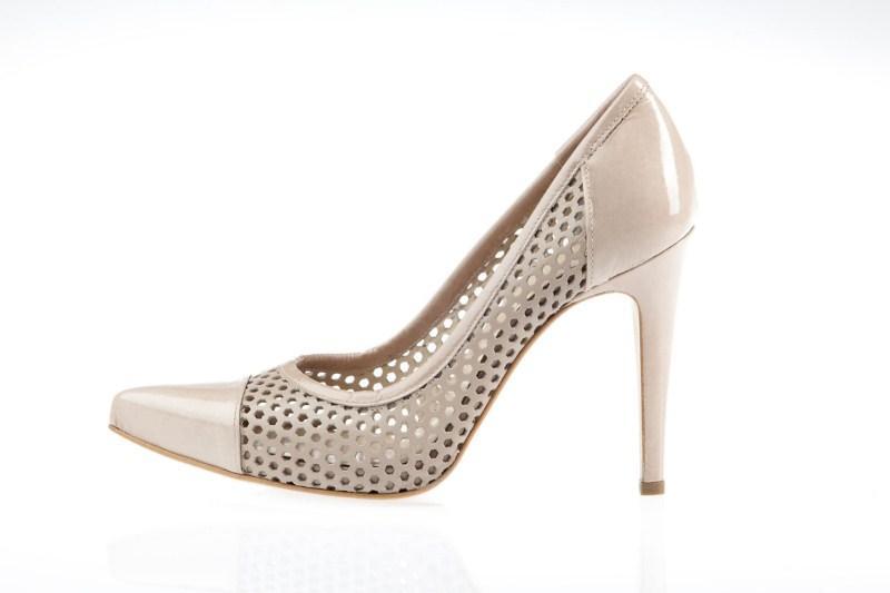 białe pantofle Prima Moda na wysokim obcasie - wiosna 2011