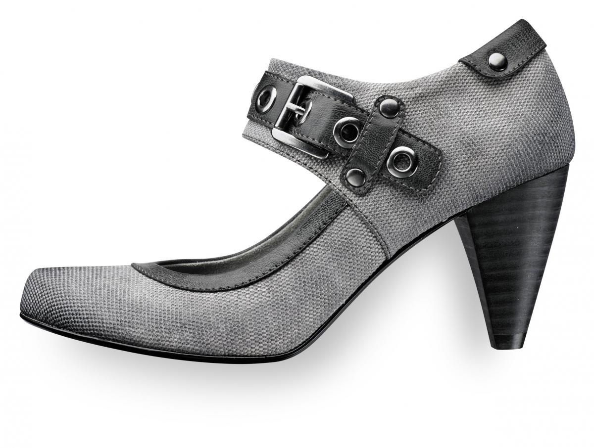 szare pantofle Tamaris - moda wiosna/lato