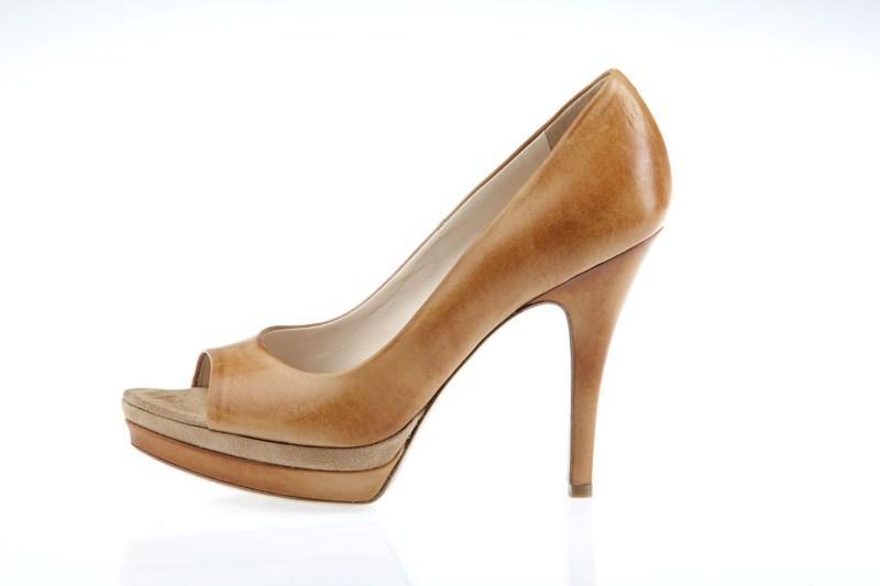 beżowe pantofle Prima Moda - kolekcja wiosenna