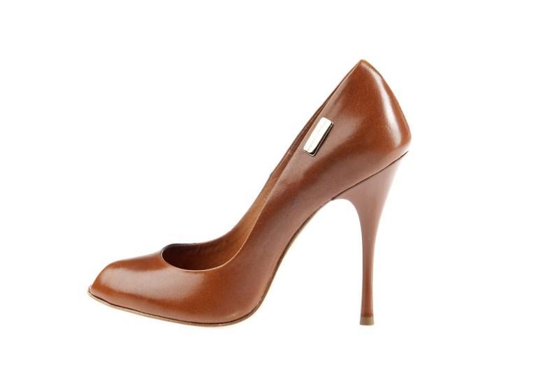 brązowe pantofle Prima Moda na szpilce - wiosna-lato 2011