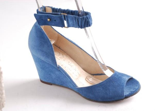 niebieskie sandałki Ryłko - wiosna/lato 2011
