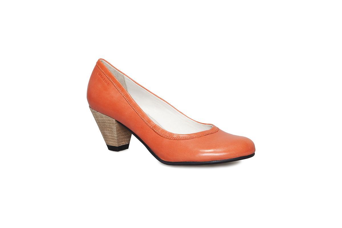 pomarańczowe pantofle Vagabond - moda 2011