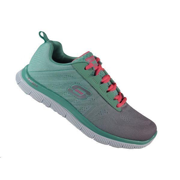 Miętowe buty sportowe Skechers, cena ok. 279 zł Pastelowe