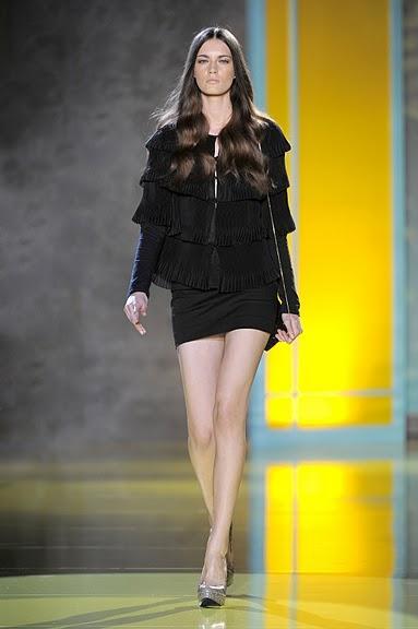 czarna spódnica Patrizia Pepe mini - wiosna/lato 2011