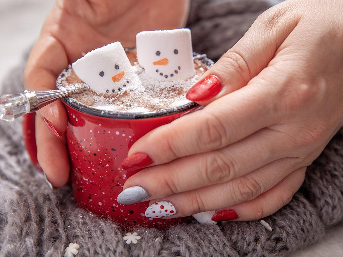 paznokcie świąteczne we wzorki