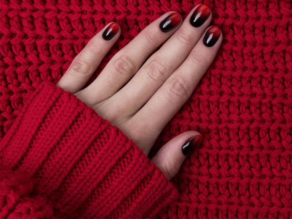ombre świąteczne na paznokciach