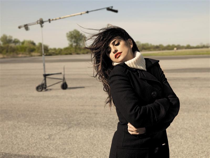 Penelope Cruz twarzą Mango - zdjęcie