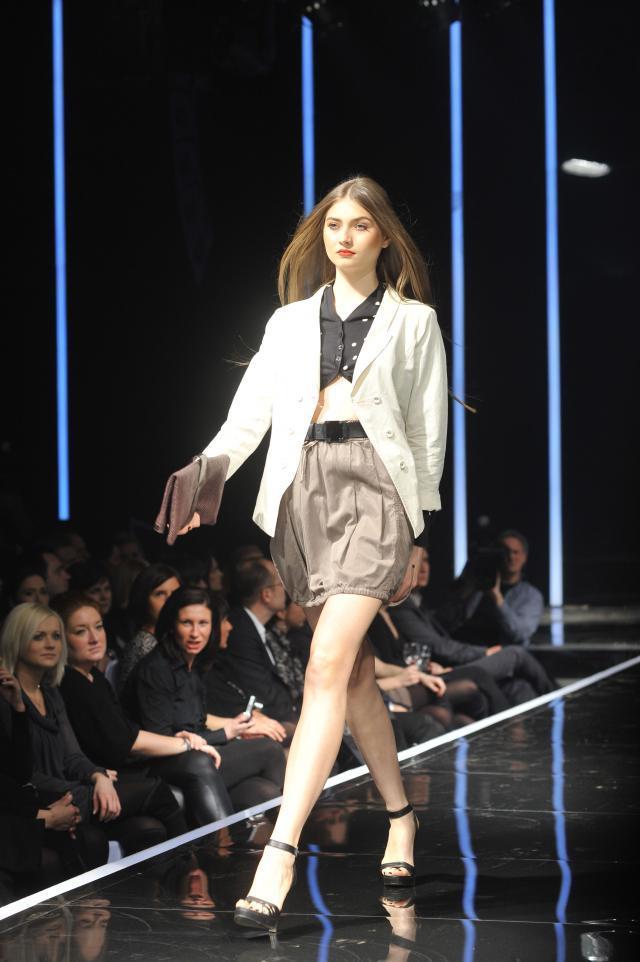 PENNY BLACK, kolekcje wiosna-lato 2010, pokaz mody