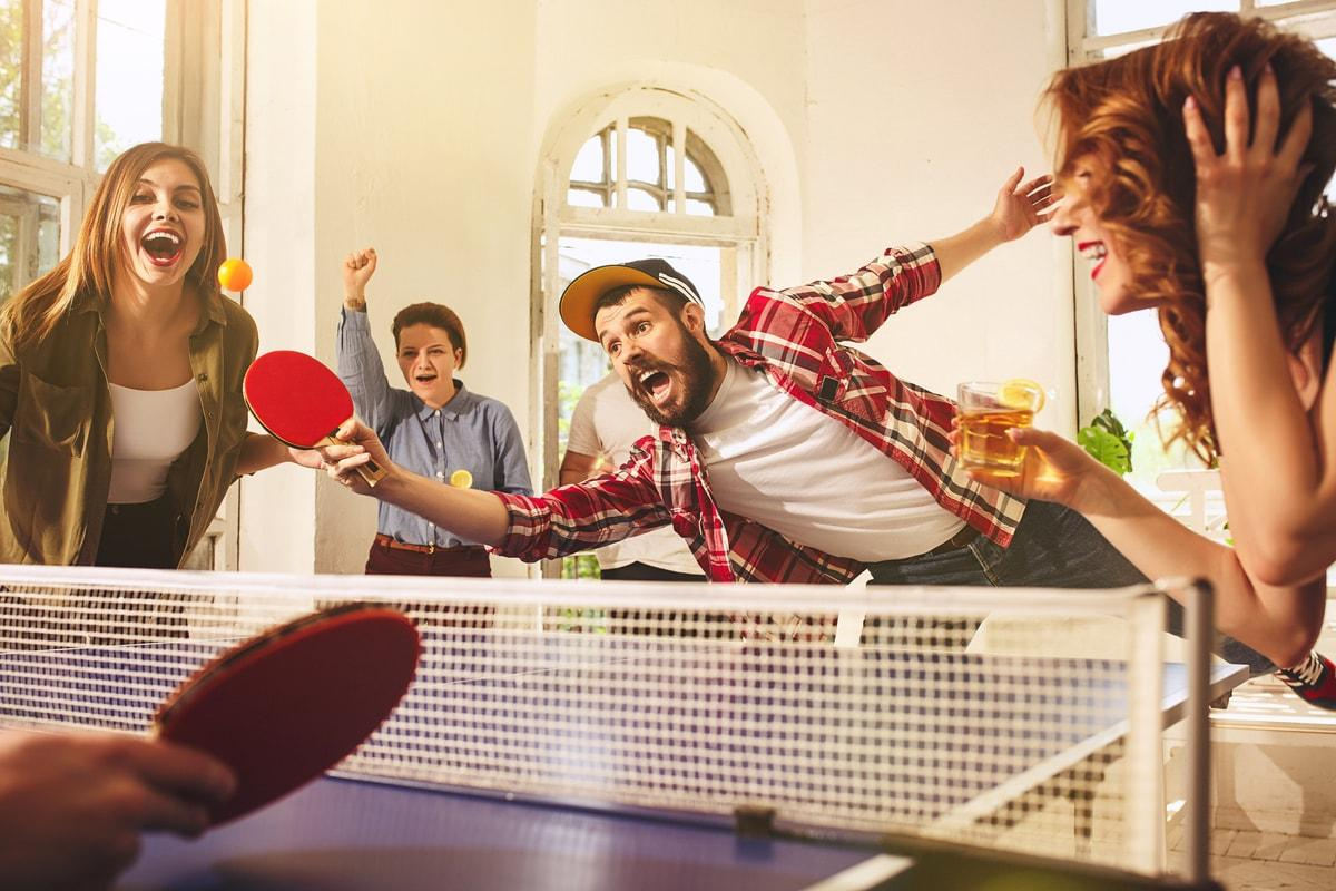 ping pong w towarzystwie