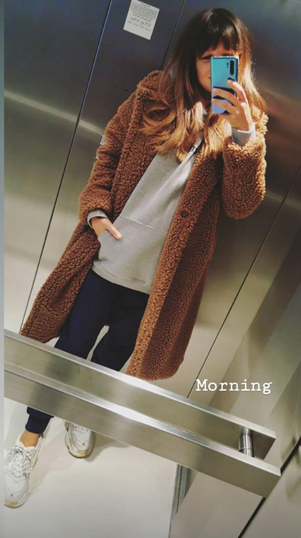 Anna Lewandowska w płaszczu na Instagramie