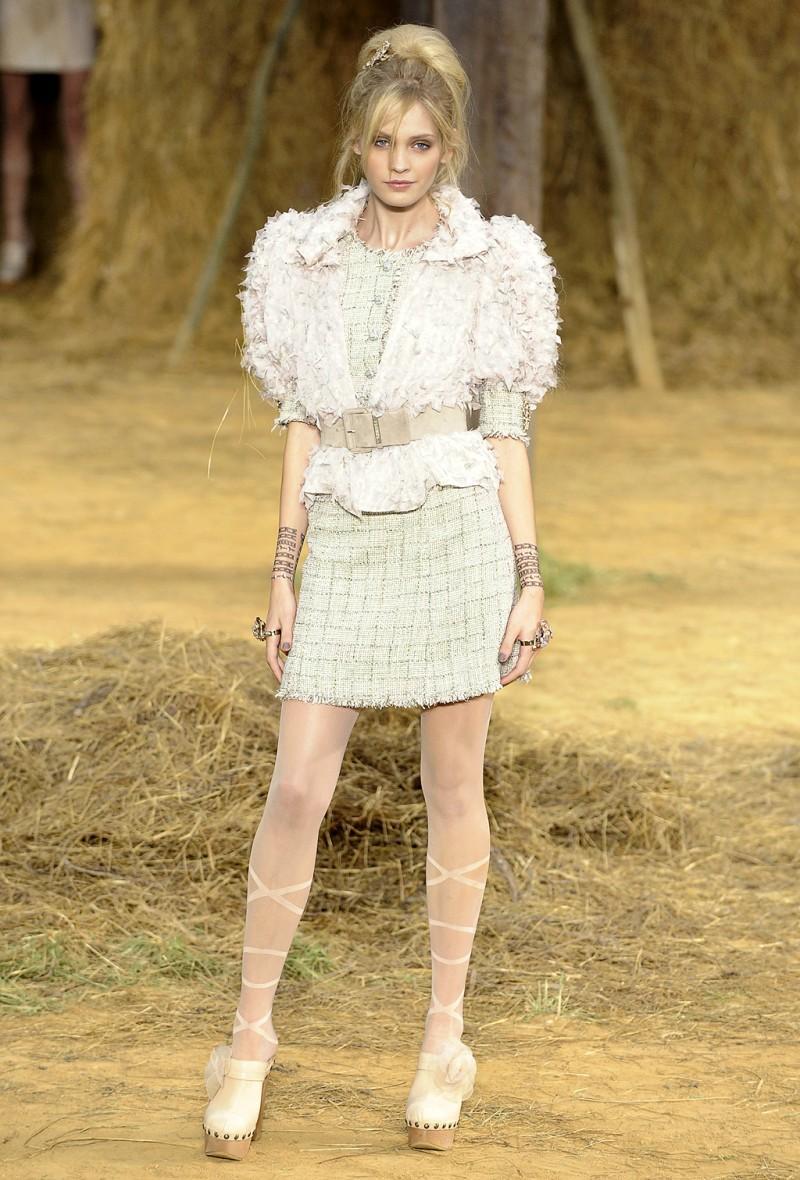Pokaz Chanel wiosna/lato 2010 - zdjęcie