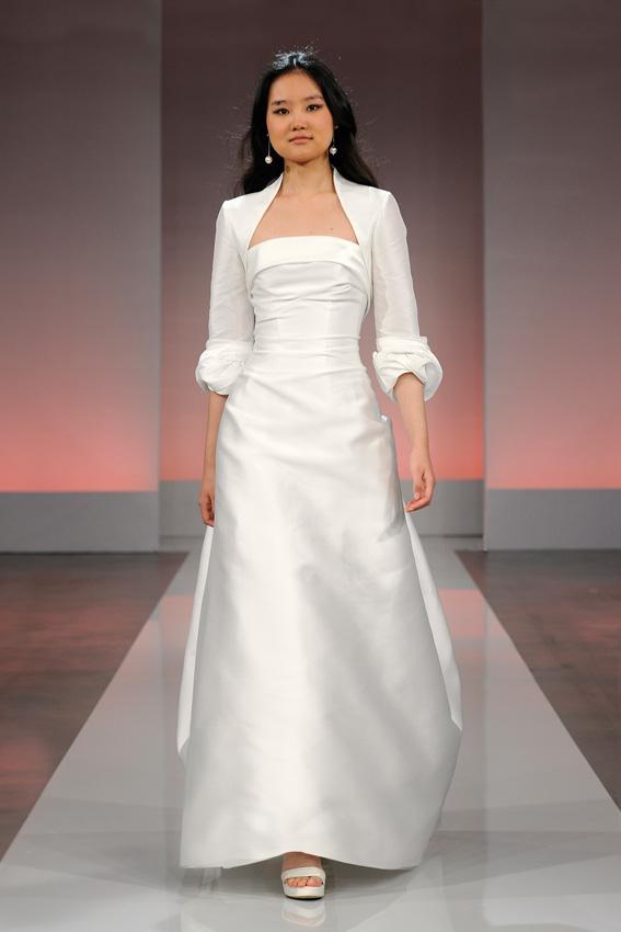 Cymbeline 2013 - pokaz kolekcji sukni ślubnych, Guimauve