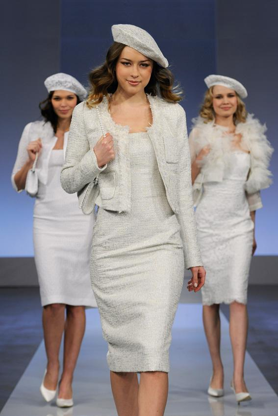 Cymbeline 2013 - pokaz kolekcji sukni ślubnych, les, Genn