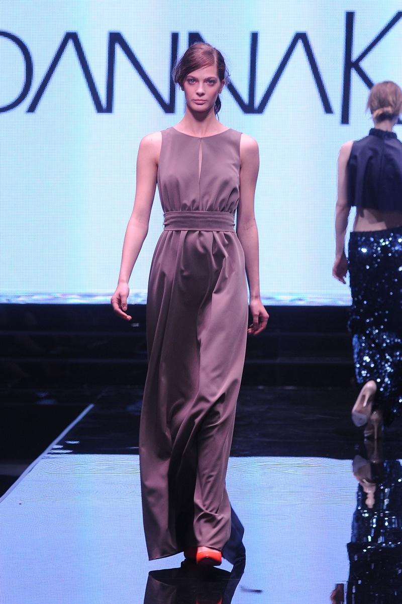 długa sukienka Joanna Klimas - moda 2013