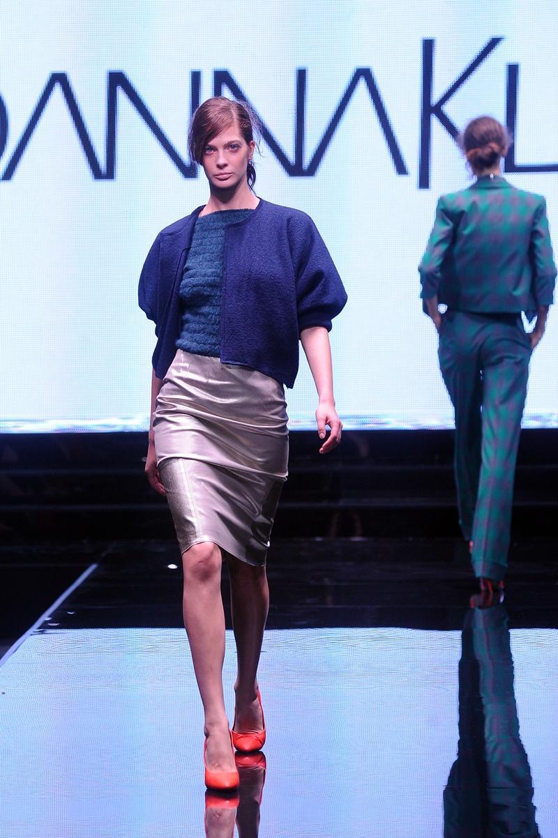 ołówkowa spódnica Joanna Klimas w kolorze srebrnym - ubrania dla kobiet