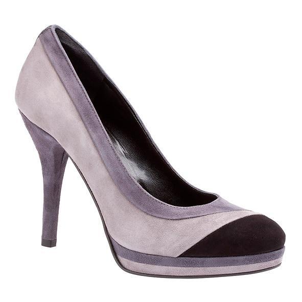 769c89382595f czarne sandały Bata na obcasie - jesień/zima 2010/2011 - Półbuty i ...
