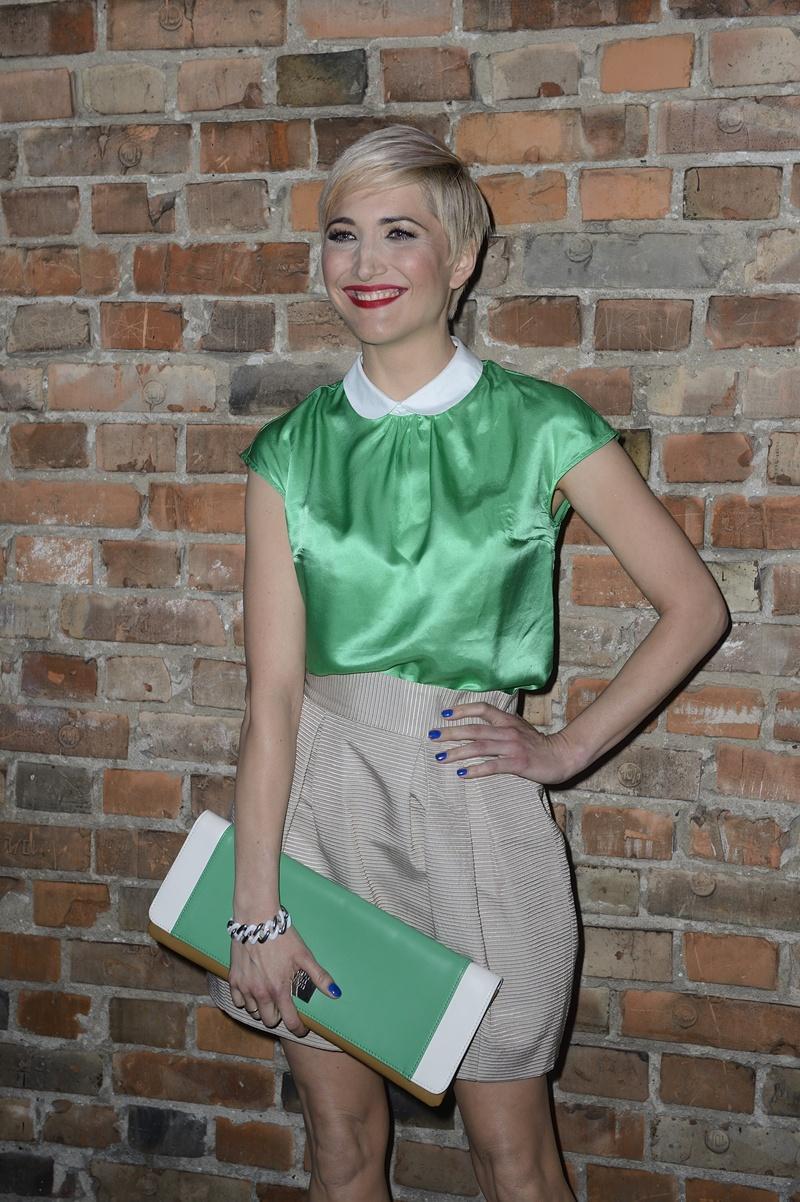 bluzeczka w kolorze zielonym - Magdalena Steczkowska