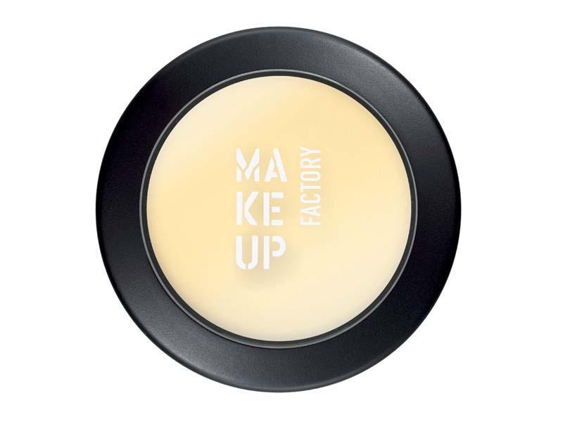 makijaż, trendy, jesień 2010, baza, kosmetyki profesjonalne