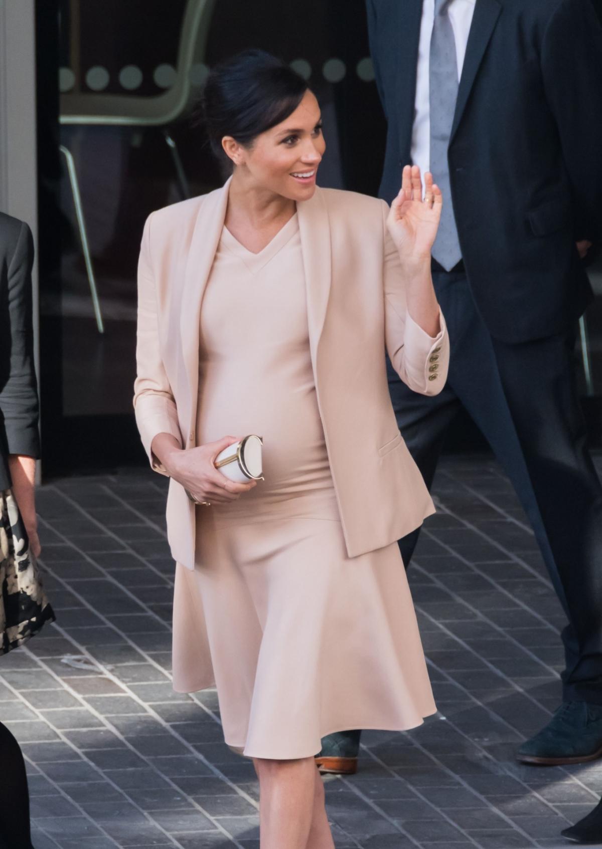 Księżna Meghan w zaawansowanej ciąży