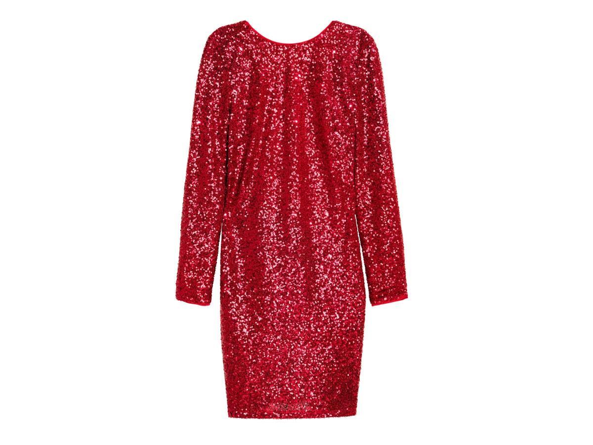 Czerwona cekinowa sukienka, H&M, cena ok. 136,90 zł