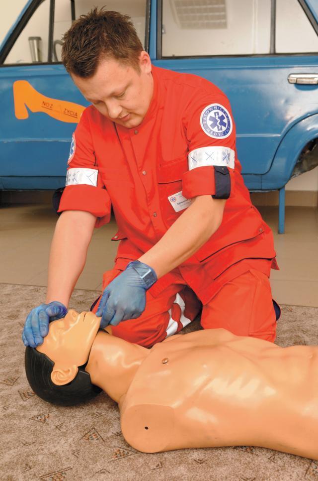 Reanimacja – masaż serca i sztuczne oddychanie