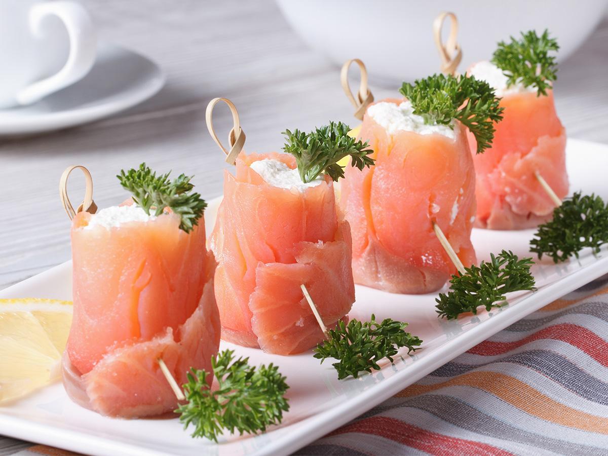 przepis na przystawki z łososia wędzonego