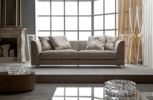 Unikatowa kanapa w kolorze ecru -Patt Mebel 2013