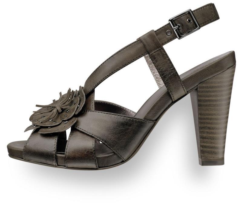 brązowe sandały Tamaris na obcasie - wiosna/lato 2011