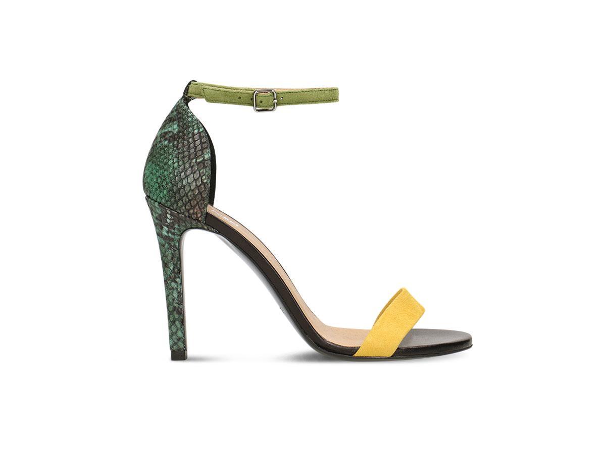 Sandały w zwierzęcy deseń, Ryłko, cena ok. 469,90 zł