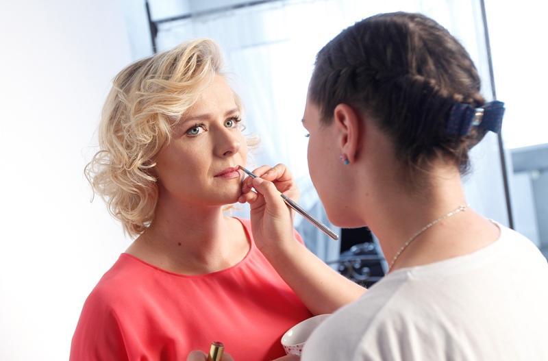 Sesja zdjęciowa do kampanii społecznych Avon 2013