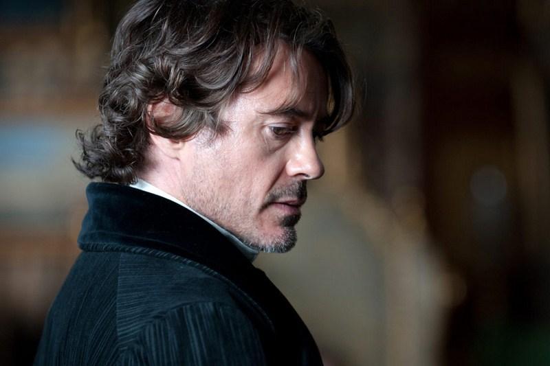 Robert Downey Jr. - Sherlock Holmes: Gra cieni