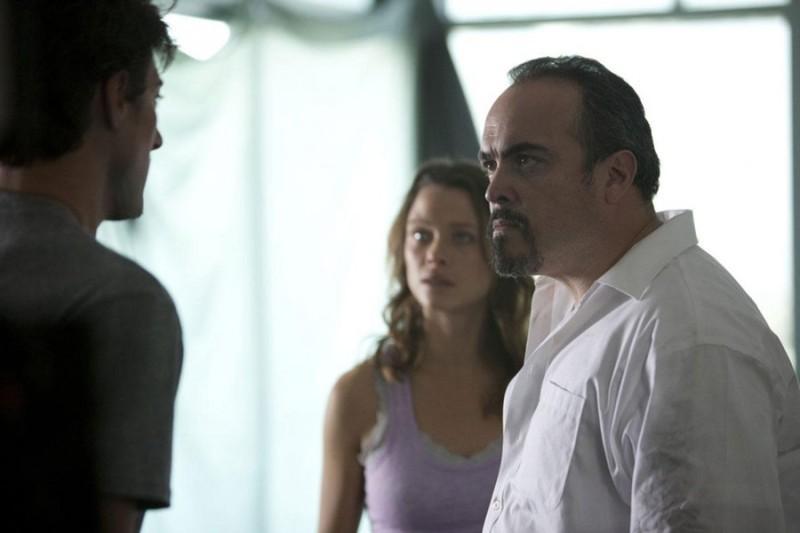 Skyline (reż. Colin Strause, Greg Strause)