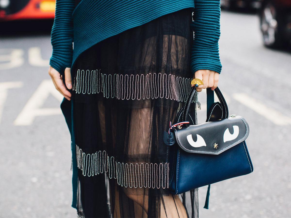 Spódnica tiulowa - jak ją nosić i jakie modele są modne?