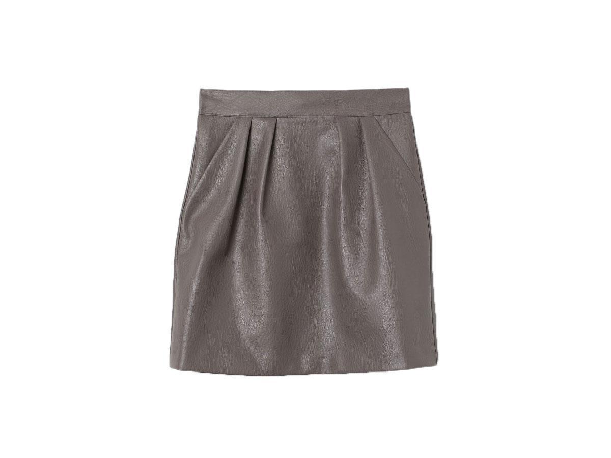 Spódnica z imitacji skóry, H&M, cena ok. 129,99 zł