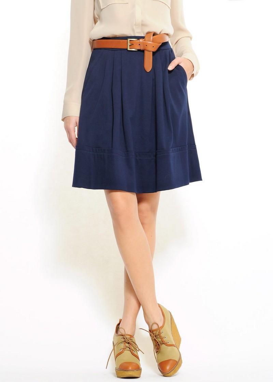 granatowa spódnica Mango - moda 2011