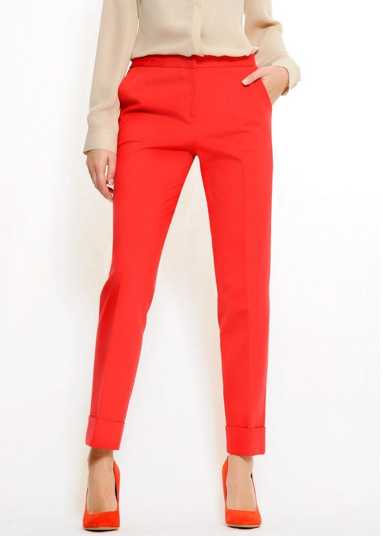 czerwone spodnie Mango - trendy wiosna-lato