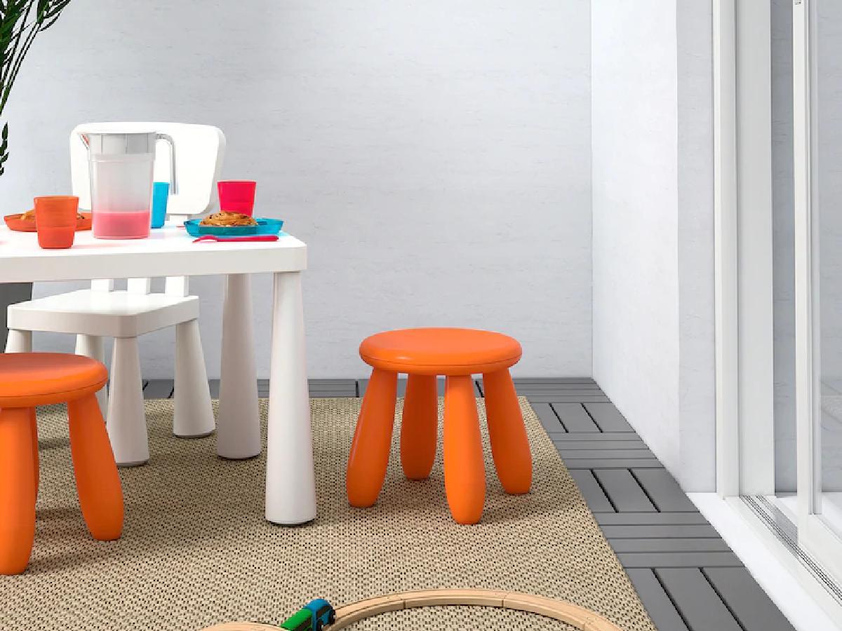 Stołek Ikea MAMMUT