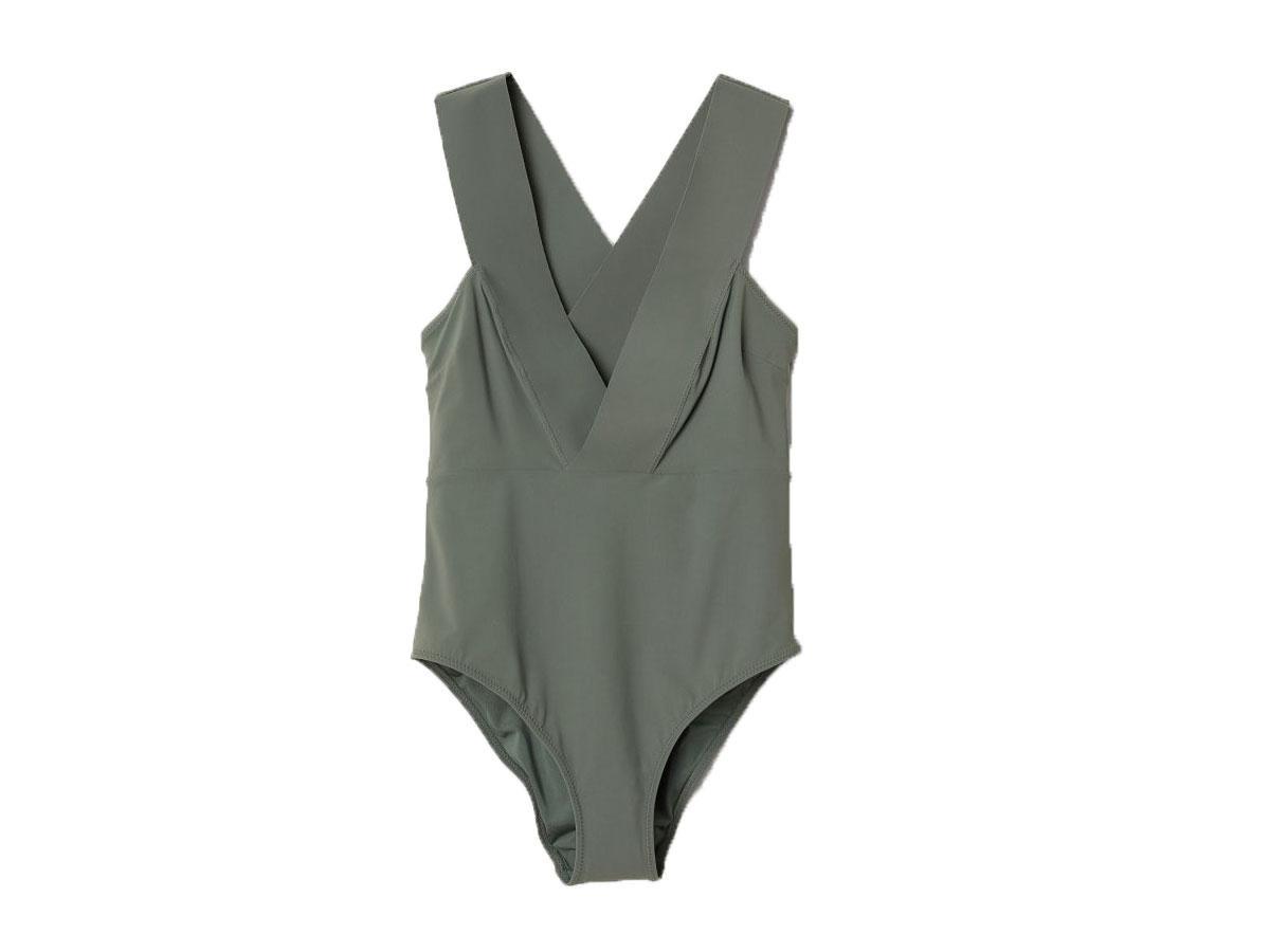Kostium kąpielowy w serek, H&M, cena ok. 129,90 zł