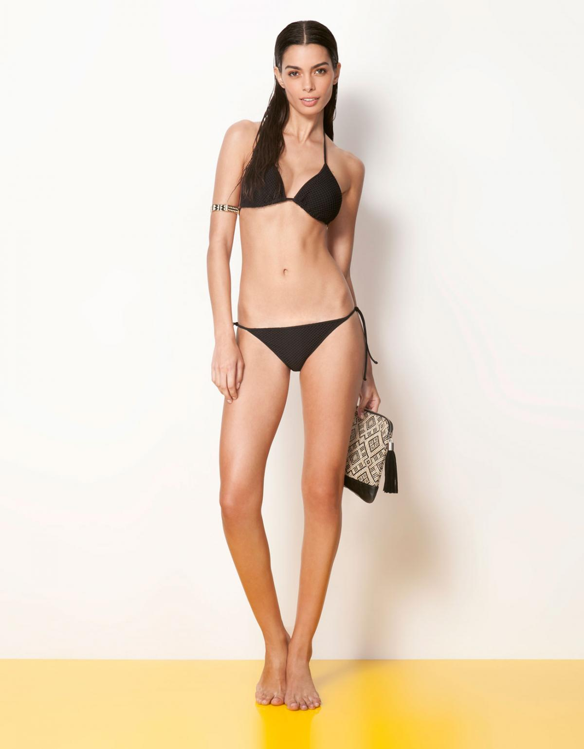 bikini Bershka w kolorze czarnym - moda plażowa 2013