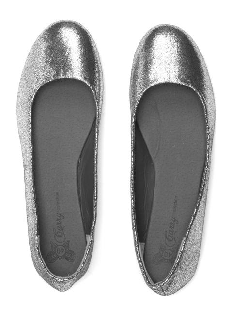 Stylowe i wygodne buty na Sylwestra 2010 - galeria