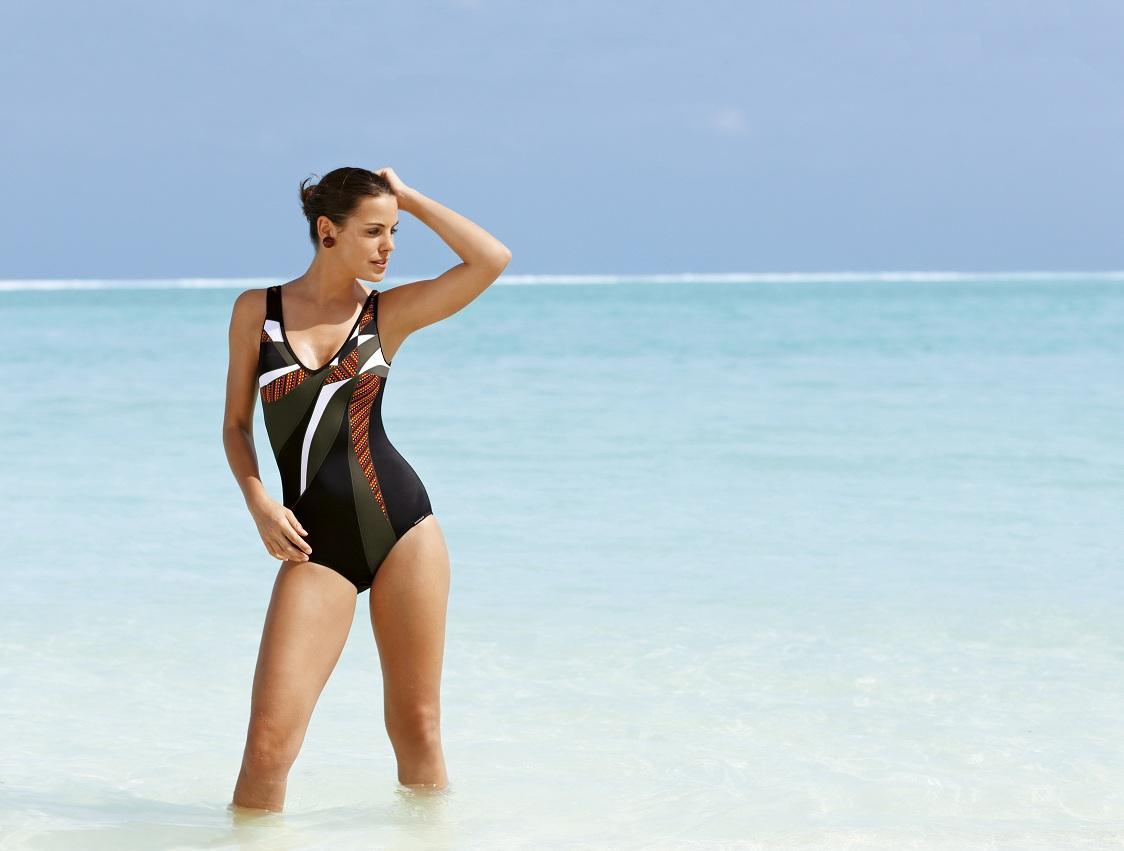 jednoczęściowy strój kąpielowy Sunmarin - moda na plażę 2013