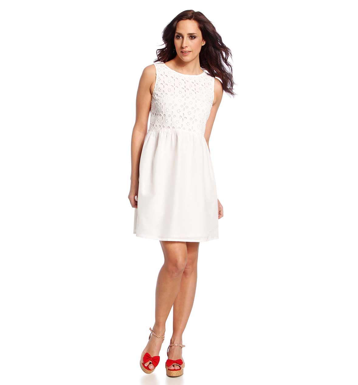 urocza sukienka C&A w kolorze białym - wiosna i lato 2013