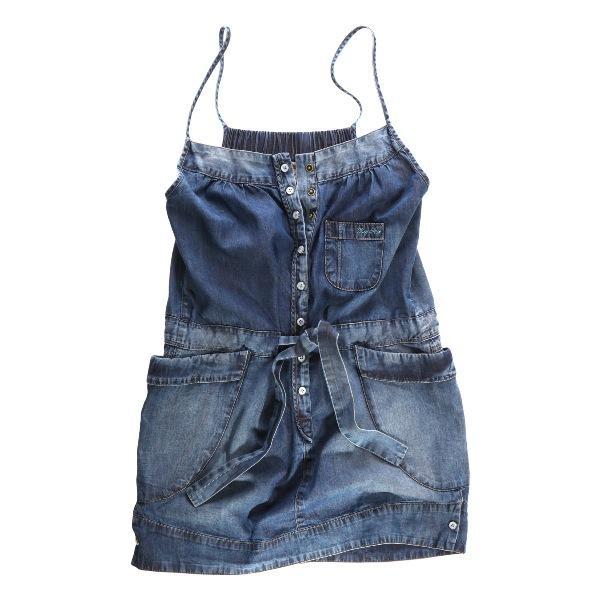 Sukienki dżinsowe z wiosennych i letnich kolekcji