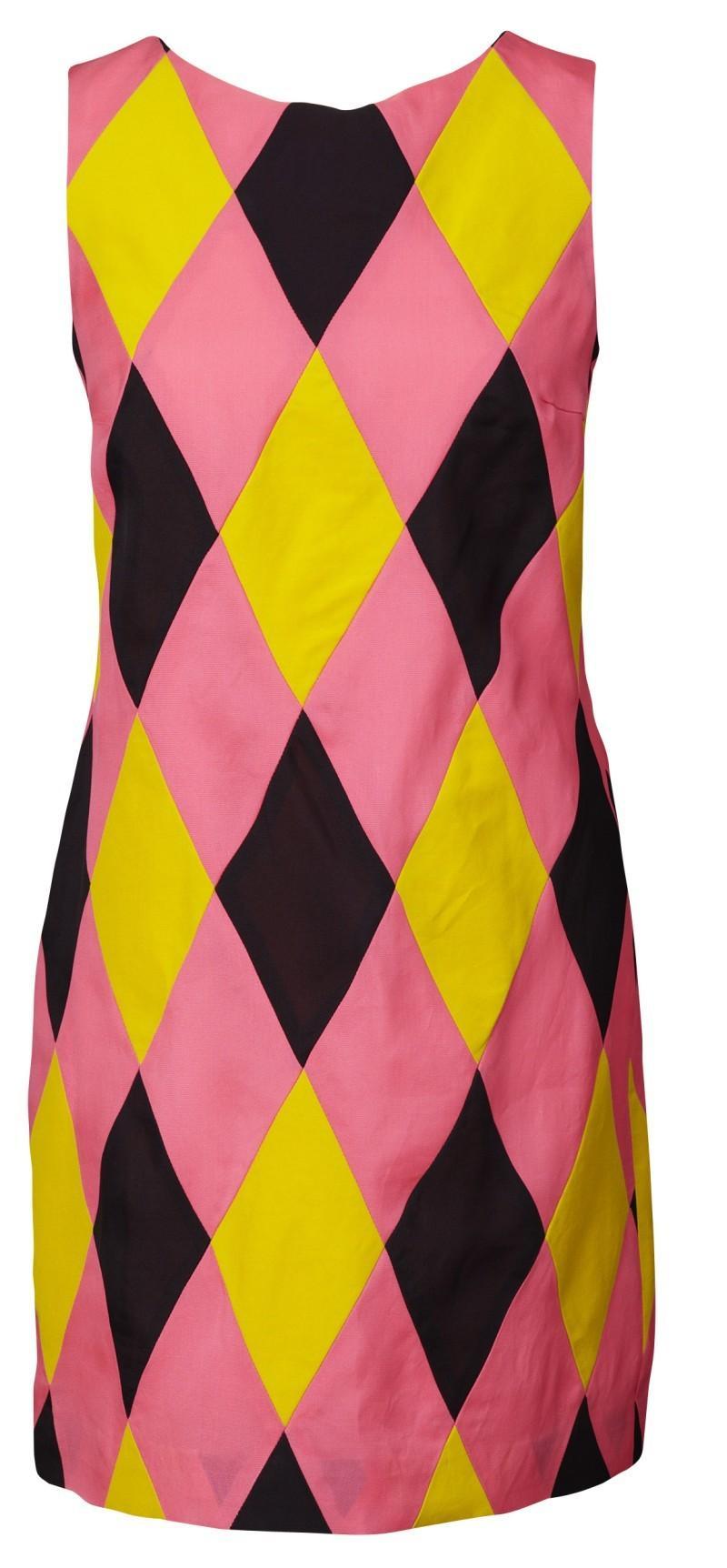 różowa sukienka H&M w kratkę - wiosna/lato 2011