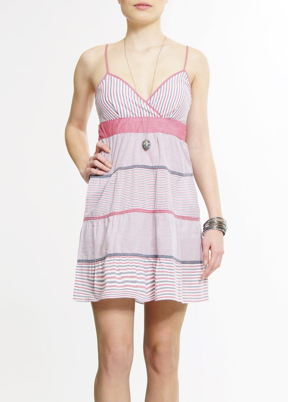 Sukienki Mango wiosna/lato 2010 - Zdjęcie 40