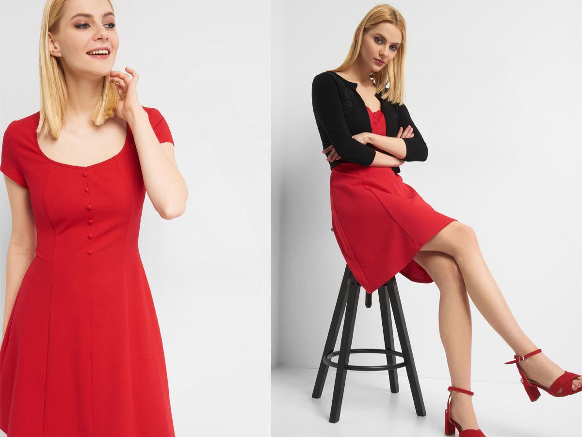 Czerwona sukienka z guzikami, Orsay, cena ok. 119,99 zł