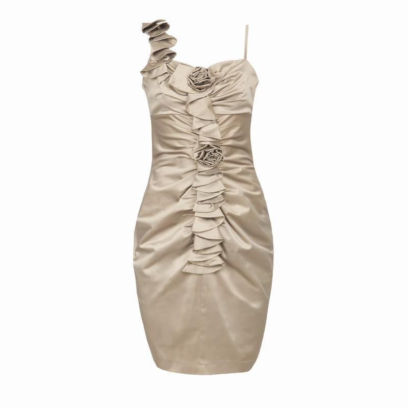 beżowa sukienka Pretty Girl - moda jesień/zima 2010